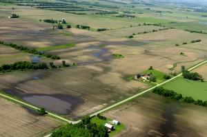 FEMA_-_35727_-_Aerial_of_wet_Farmland_in_Wisconsin